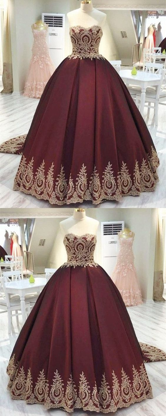 e33221a4a0b Vintage Gold Lace Appliques Wedding Dresses