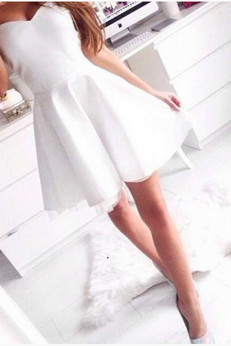 Simple Style Homecoming Dress,Women Pure White Homecoming Dresses,Sweetheart Party Dresses,Chiffon Short Homecoming Dress
