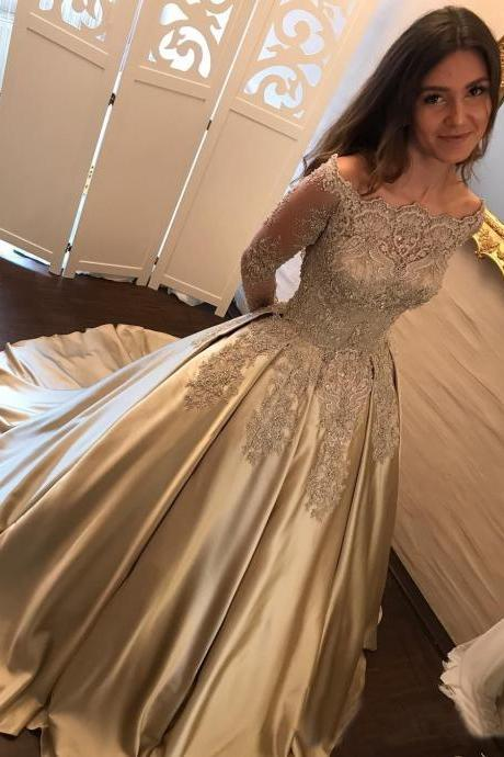Princess A-Line Off-Shoulder Long Sleeves Ball Gown Long Prom/Wedding Dress with Appliques Lace