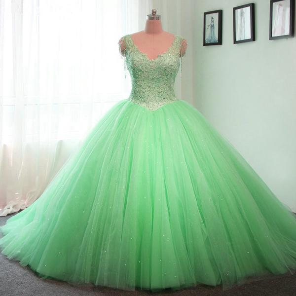v neck wedding gowns,lace appliques wedding dress,ball gowns bridal dresses,lime green quinceanera dresses