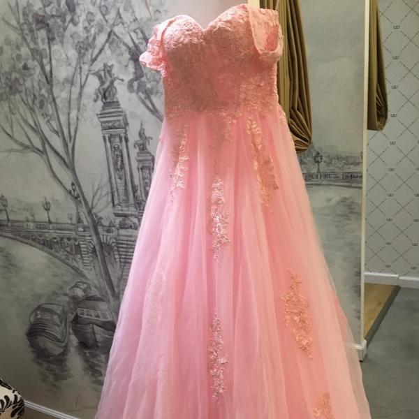 Modest Prom Dress,lace appliques sweetheart long tulle bridesmaid dresses ,Long Evening Dresses